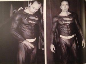 Nicoals Cage tres cuir en Superman!