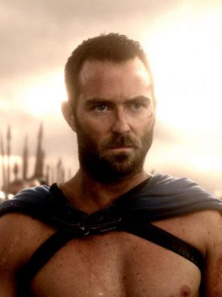 300empirefirstlookthemo-3_4-550x735