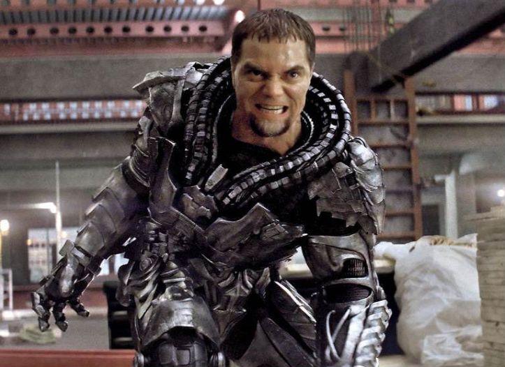 Le général Zod (Michael Shannon)