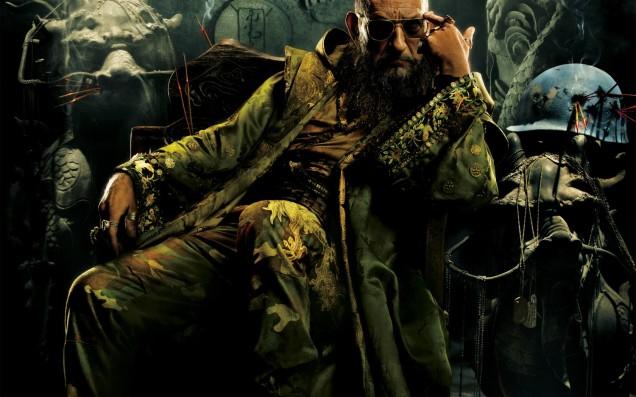 Le Mandarin (Ben Kingsley) décontracté...