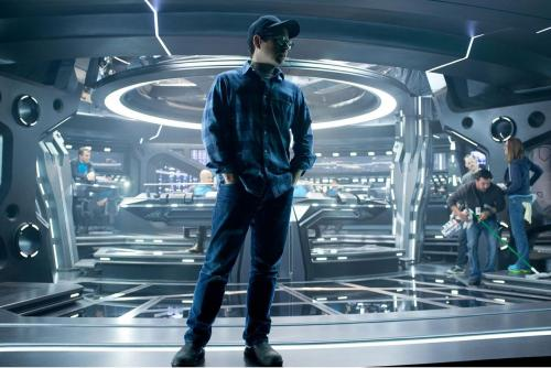 Star-Trek-Into-Darkness-Photo-12-JJ-Abrams