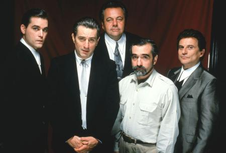 picture-of-robert-de-niro-martin-scorsese-ray-liotta-joe-pesci-and-paul-sorvino-in-goodfellas-large-picture