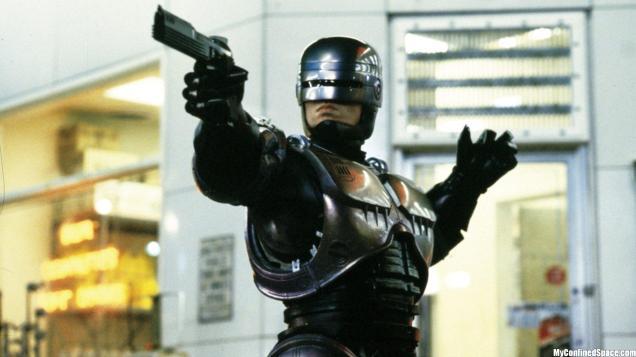 robocop-has-a-gun