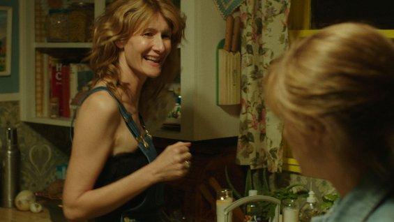 Bobbi Strayed (Laura Dern) mére courage