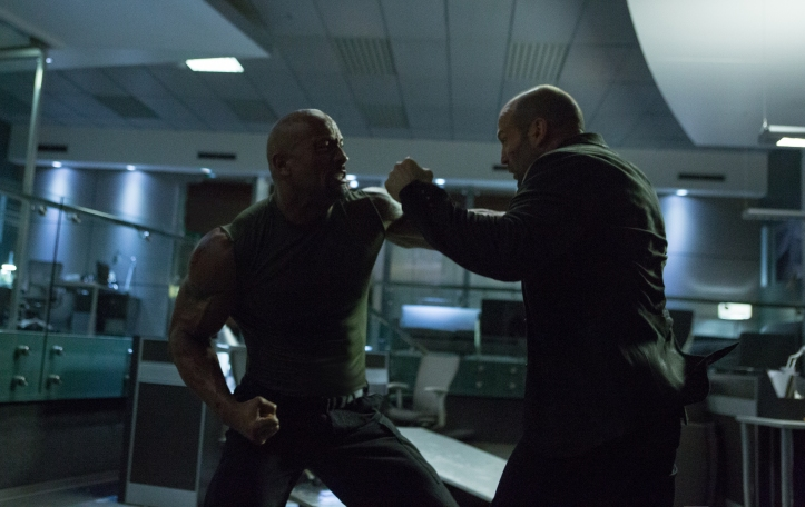 Luke Hobbs -Dwayne Johnson Vs Deckard Shaw -Jason Statham