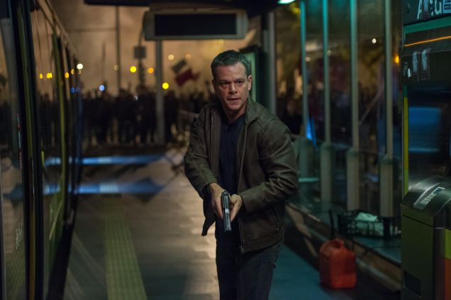 jason-bourne-2016-matt-damon-riot